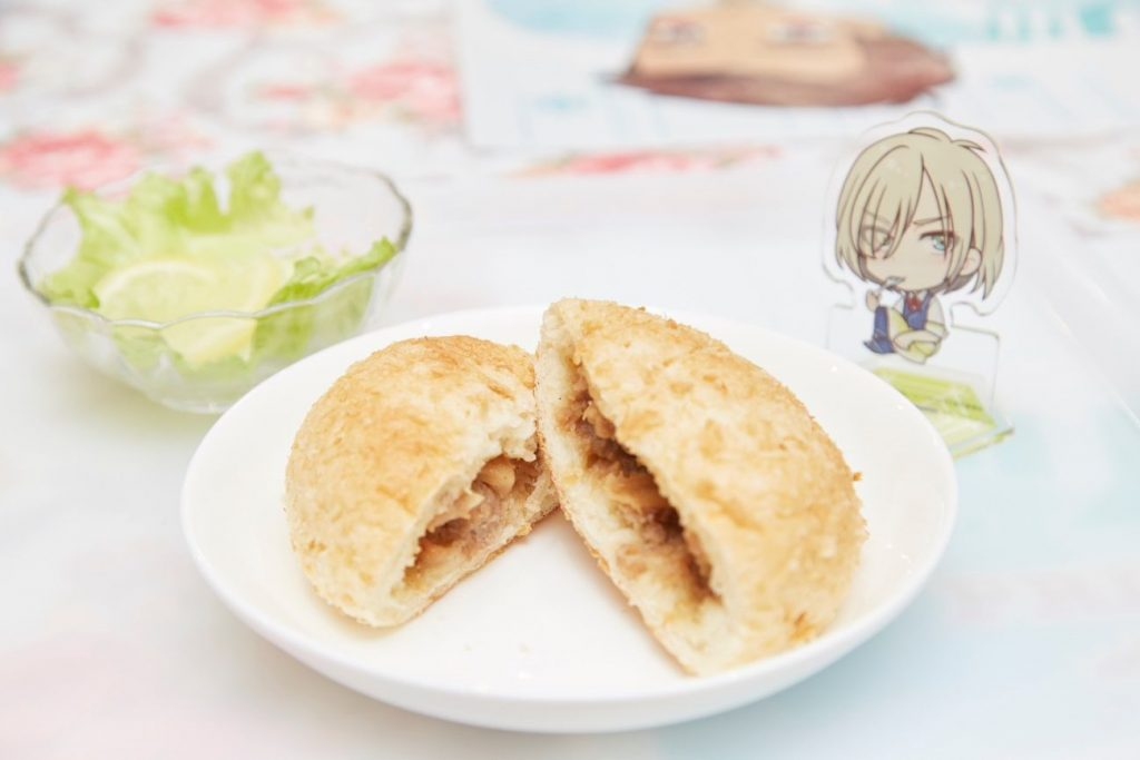 Yuri!!! on ICE Collaboration Themed Cafe | MANGA.TOKYO Photo Report | Yuri no Omoide no Piroshiki (Yuri's unforgettable pirozhki)