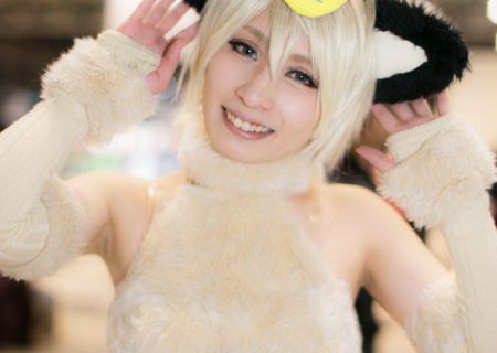 'Cute Cat' Cosplay Photo Gallery in Honor of Cat-Day