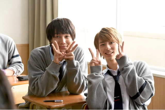 Behind-the-scenes photo from Live Action Movie 'ReLife' | Nakagawa and Takasuki