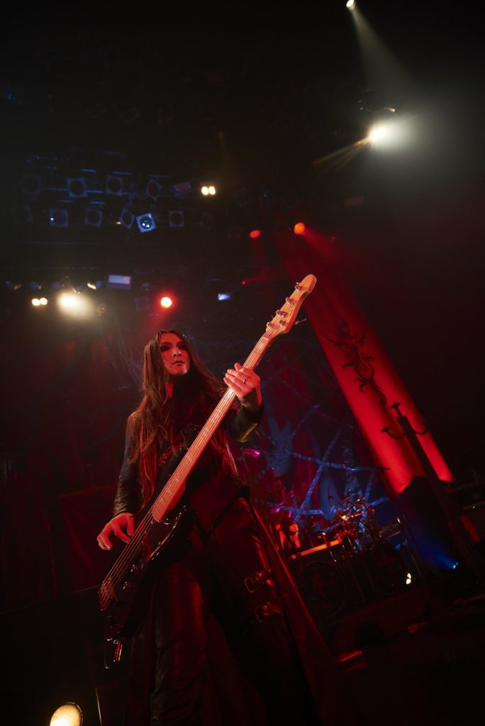 Yousei Teikoku at the 9th Formal Ceremony Tour 'flamma idola tour'