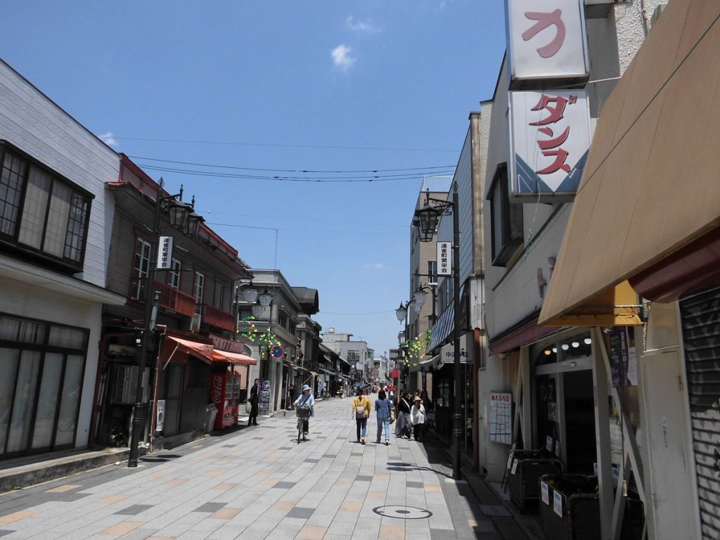 The Real Life Locations of Anime and Manga Kamisama Kiss | Taisho Roman Street