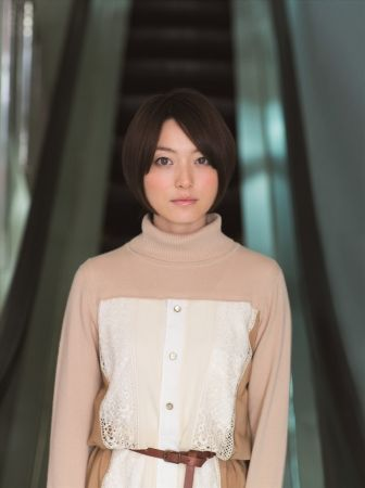 Kana Hanazawa | Japanese Voice Actor