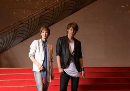 Interview with voice actor Mamoru Miyano and Rei Yuzuka from the Takarazuka Flower Troupe. Both of them play the role of main male protagonist, Shinobu Ijuin, in Haikara-san ga Tooru.