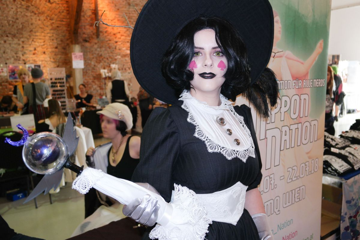 Eclipsa Butterfly from Star VS The Forces of Evil | Cosplayers in Austria! AkiCon 2017 Cosplay Photo Report
