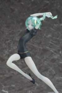 1/8 scale figure Phosphophyllite | Phos of Land of the Lustrous