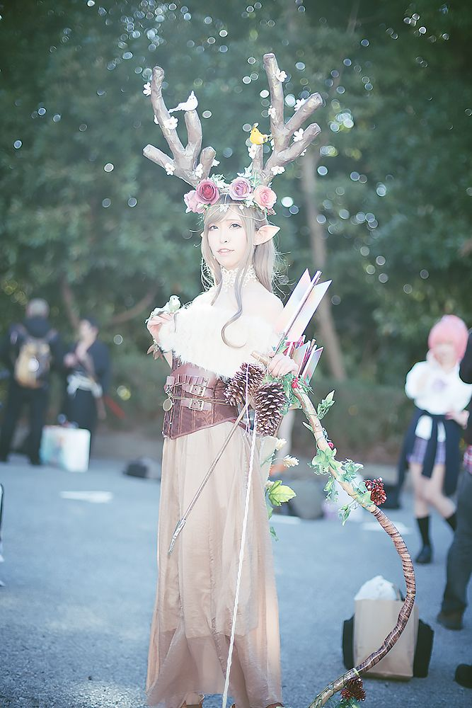 Amy with her original deer cosplay | Wonder Festival 2018 Winter Cosplay Gallery