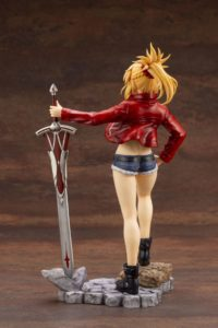 Saber of Red Figure | Anime Fate/Apocrypha | Anime Merchandise Monday (21-27 May) (C)東出祐一郎・TYPE-MOON/ FAPC