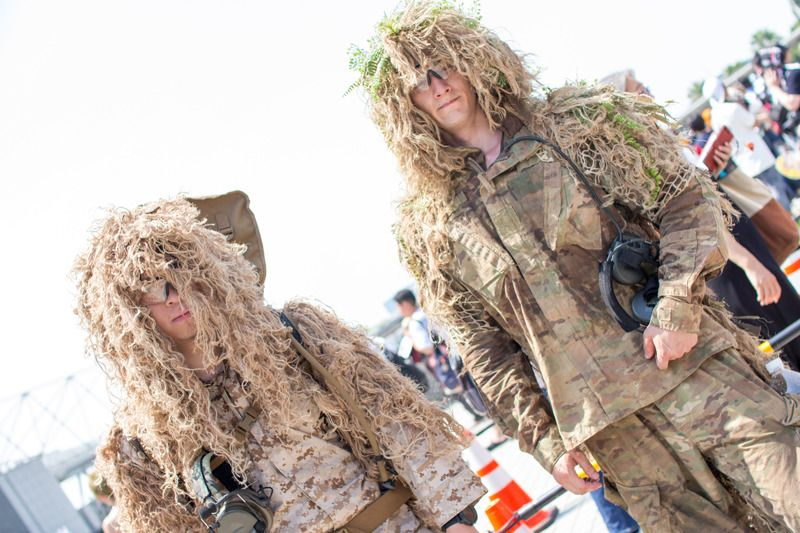 MIESZKO (@Mio_sally) and KEI (@okojo338) in Ghillie Suits | Comiket 94: Unique Cosplays from Day 2