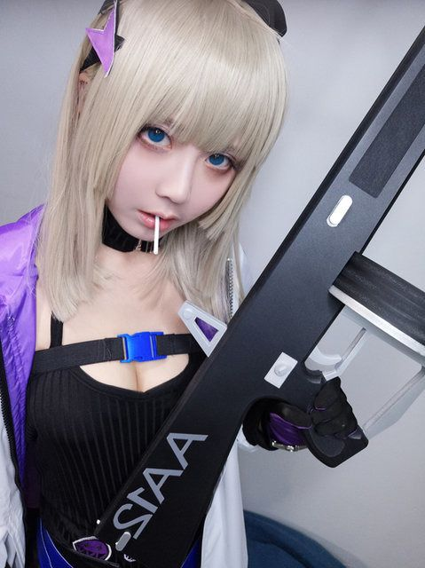 AA12 from Girls' Frontline | World Cosplayers: Interview with Chinese Cosplayer Banr | MANGA.TOKYO