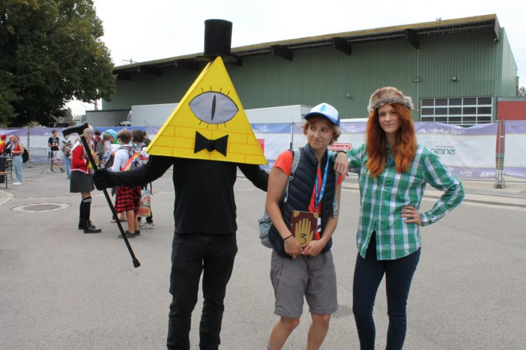 Bill Cipher, Dipper Pines, Corduroy | AniNite 2018 Cosplay Report - Friday | MANGA.TOKYO