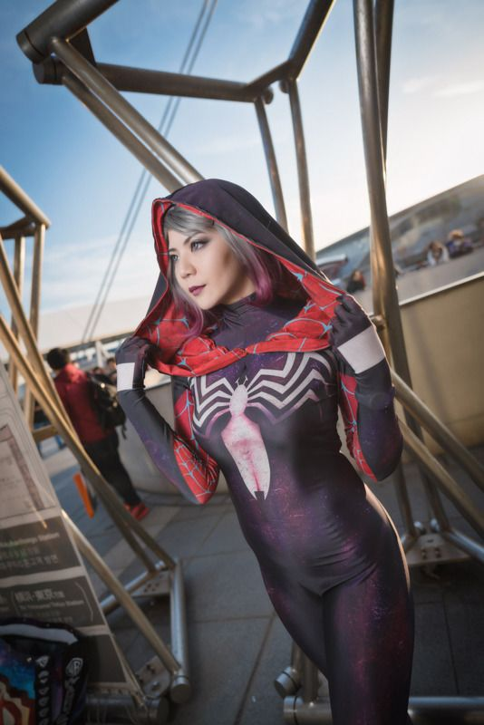 Gwenom (Marvel Comics)   Cosplay Gallery from Tokyo Comic Con 2018